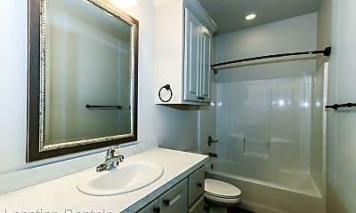 Bathroom, 2508 111th St, 2
