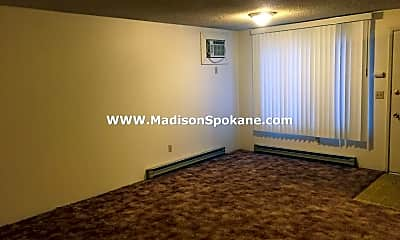 Living Room, 2810 E 32nd Ave, 1