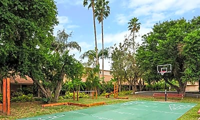 Basketball Court, Texan Guest Ranch Apartments, 2