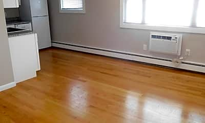 Living Room, 121 Ash St, 1