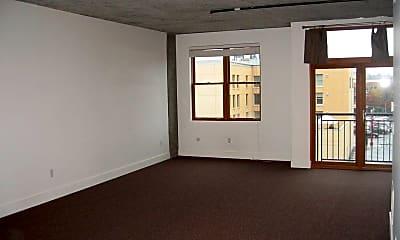 Living Room, 411 NW Flanders St, 1