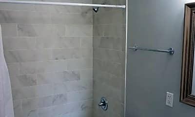 Bathroom, 229 MacArthur Blvd, 2