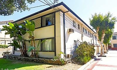 Building, 615 N Monterey St, 0