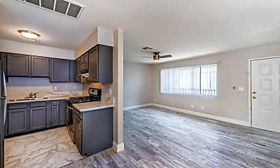 Living Room, 1640 Athol Ave, 1