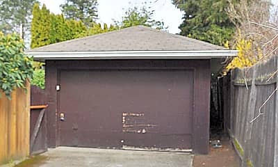 Building, 4814 NE 74th St, 2