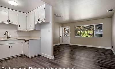 Kitchen, 811 Brown St, 1
