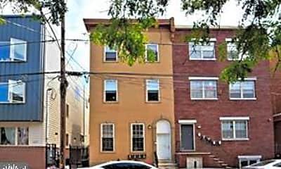 Building, 1325 N Franklin St B 2ND, 1