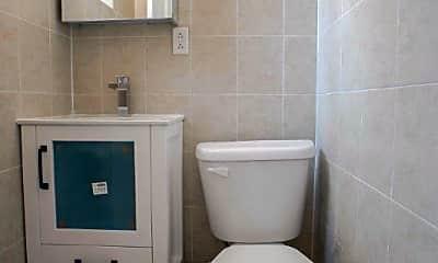 Bathroom, 165 Lexington Ave, 2
