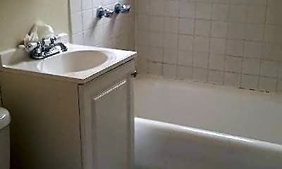 Bathroom, 2442 W Rosemont Ave, 2