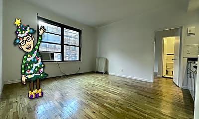 Living Room, 11 E 32nd St 12B, 1
