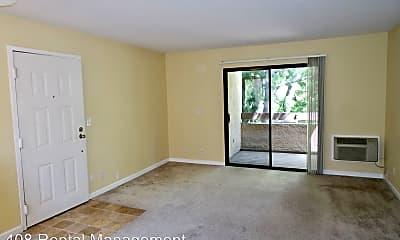 Living Room, 2250 Monroe St, 1