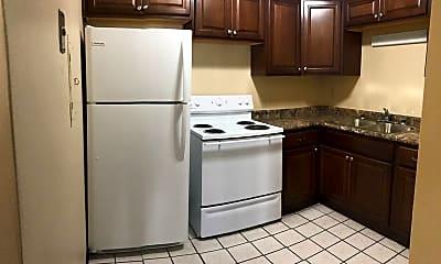 Kitchen, 2032 August St, 1