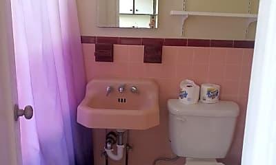 Bathroom, 232 Curtis St, 2
