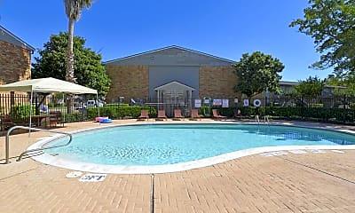 Pool, Newport Oaks, 0