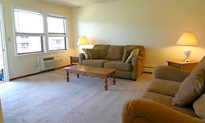 Living Room, 3013 Woodland Ave, 0