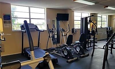 Fitness Weight Room, 1251 NE 108th St 215, 1