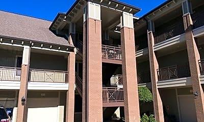 Building, 645 Village Park Dr, 0