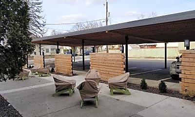 Patio / Deck, 422 W Montgomery Ave, 2