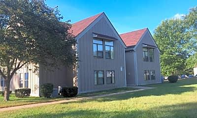 Celeron Square Apartments, 2