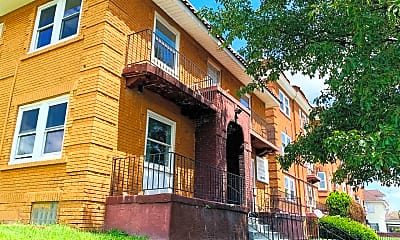 Building, 149 Cambridge Ave, 0