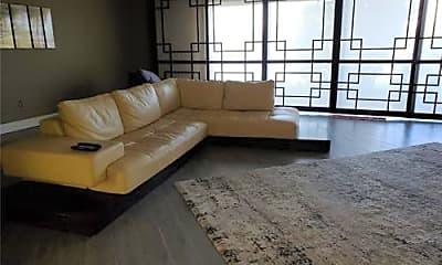 Bedroom, 875 NE 195th St, 1