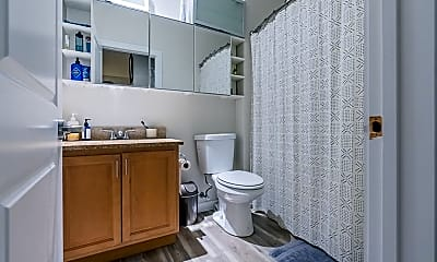 Bathroom, 79 Washington Street, 2