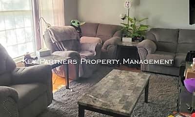 Living Room, 7115 Larsen, 1