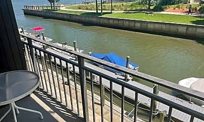 Pool, 101 N Riverside Dr, 2