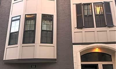 Building, 608 Broadview Terrace NE, 1