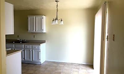 Living Room, 1008 Verde Dr, 2