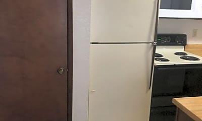Kitchen, 2750 Salem Pl, 2