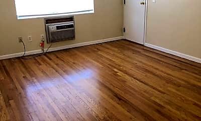 Living Room, 372 Park Rd, 1