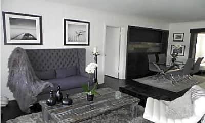 Living Room, 1906 N Swinton Ave, 2