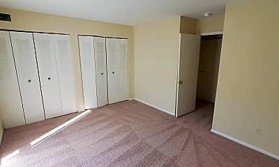 Bedroom, 6141 Leesburg Pike 409, 2