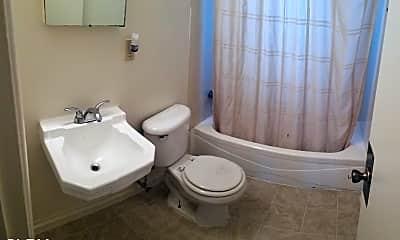Bathroom, 9635 Plymouth St, 2