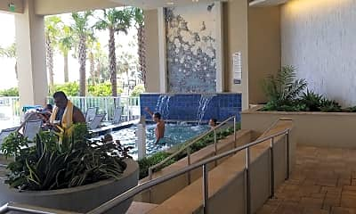 Hilton Grand Vacations Club (formerly Beachview Apartments demolished), 2
