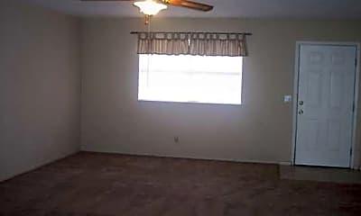 Plainview Apartments, 2
