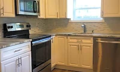 Kitchen, 40 King St A, 1