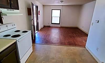 Kitchen, 918 E 7th St, 1
