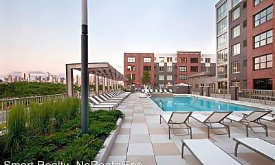 Pool, 1575 Harbor Blvd, 1