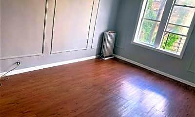Living Room, 2500 Webb Ave, 1