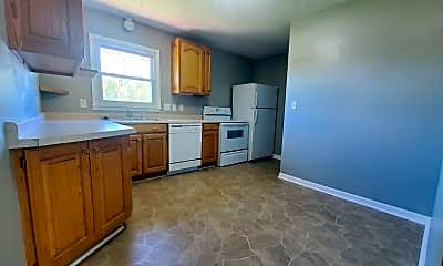 Kitchen, 3825 Worthington Ave, 1