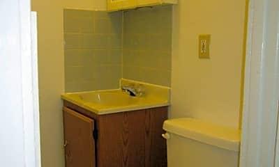 Bathroom, 204 Leavenworth Ave, 2
