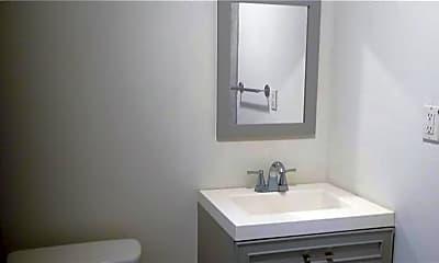 Bathroom, 410 E Livingston St 2, 2