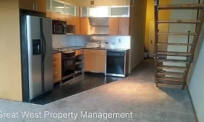 Kitchen, 1120 E Cliff Ave, 2