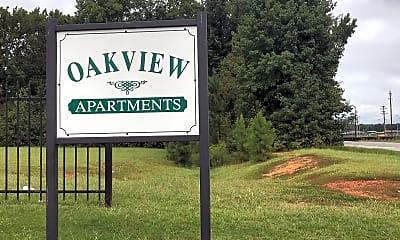 Oakview Apartments, 1