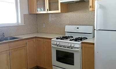 Kitchen, 1821 S Ardmore Ave, 1