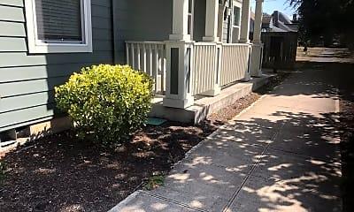 Patio / Deck, 7400 N Greenwich Ave, 2