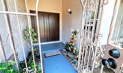 Patio / Deck, 5715 Altamont Dr, 1