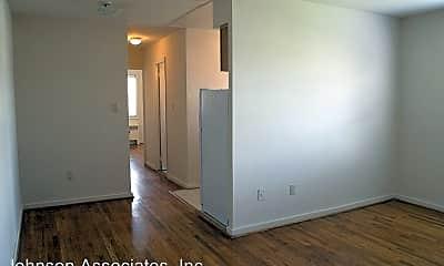 Bedroom, 5875 Monticello Rd, 1